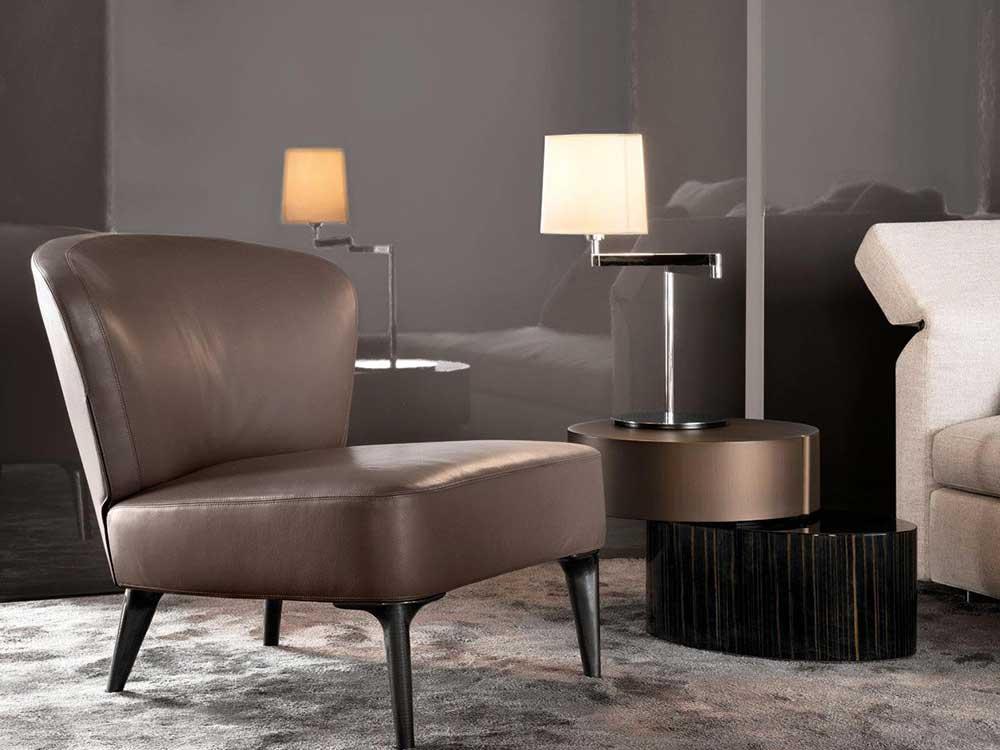 Minotti-Aston-fauteuil-bruin-leer