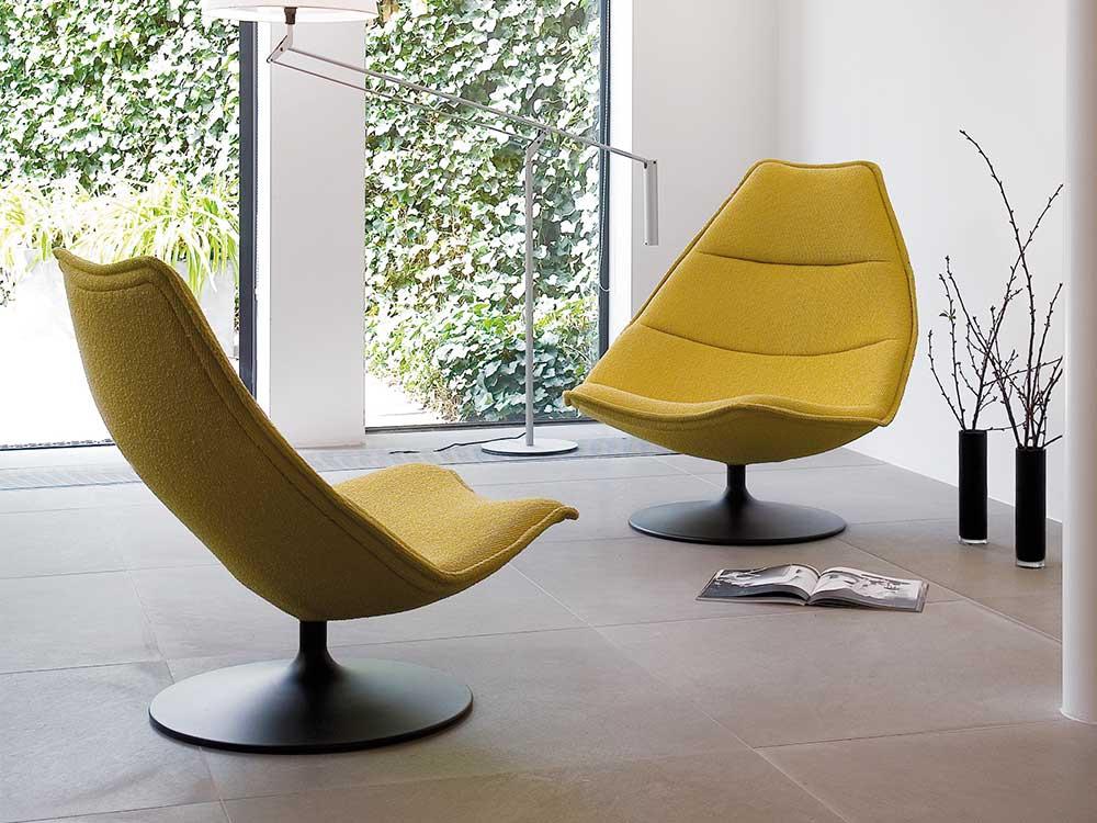 Artifort-fauteuil-510-511-stof-geel-sfeer-2