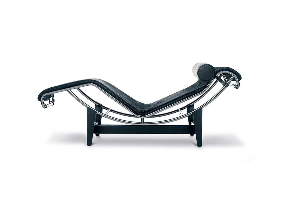 Cassina-LC4-loungechair-paardenhaar-2