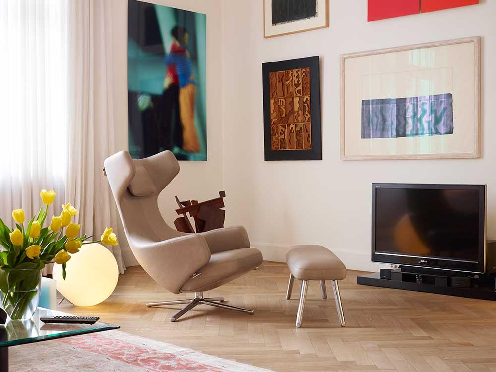 Vitra-Grand-Repos-fauteuil-leder-naturel