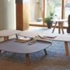 arco-tablet-bijzettafel-naturel-hout-sfeer-2