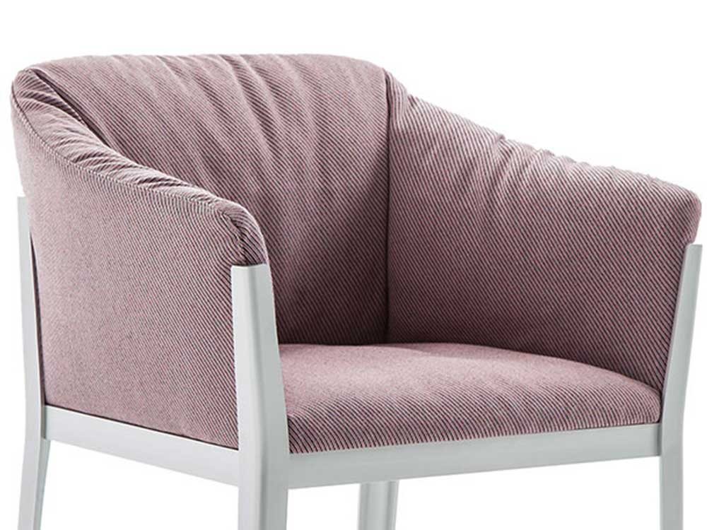 cassina-cotone-armstoel-roze-stof-detail
