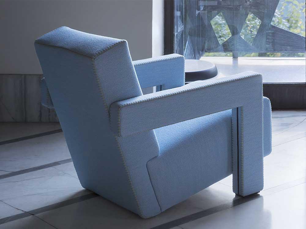 cassinautrecht-fauteuil-lichtblauw-stof-sfeer