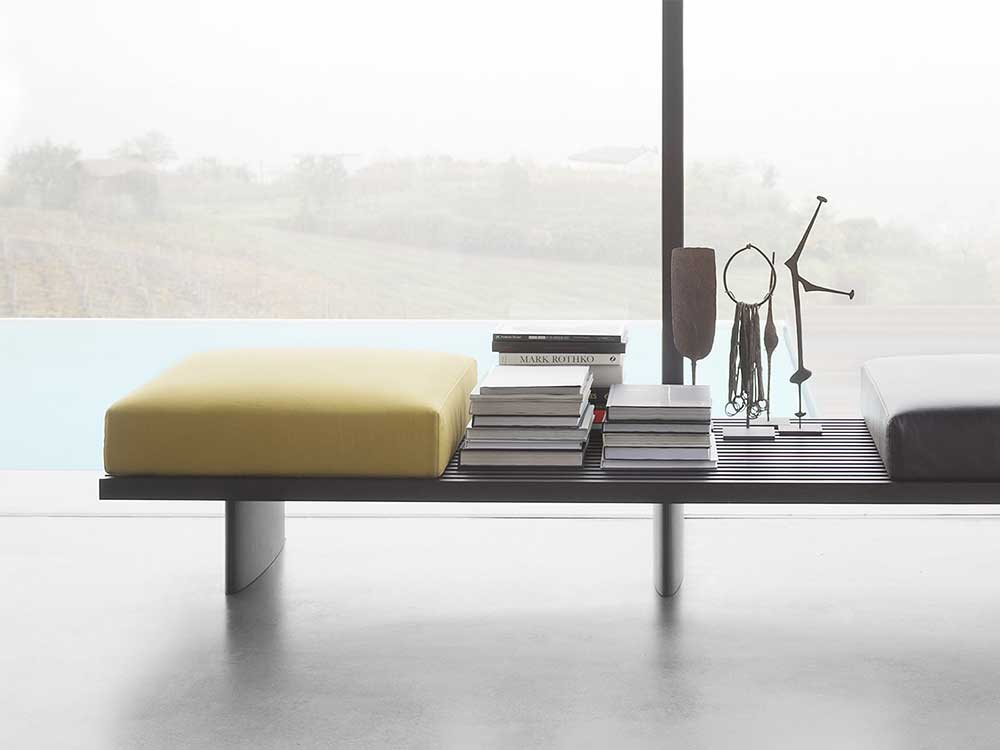 cassina-514-refulo-salontafel-bank-sfeer