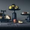 cassina-reaction-poetique-tafel-zwart-sfeer