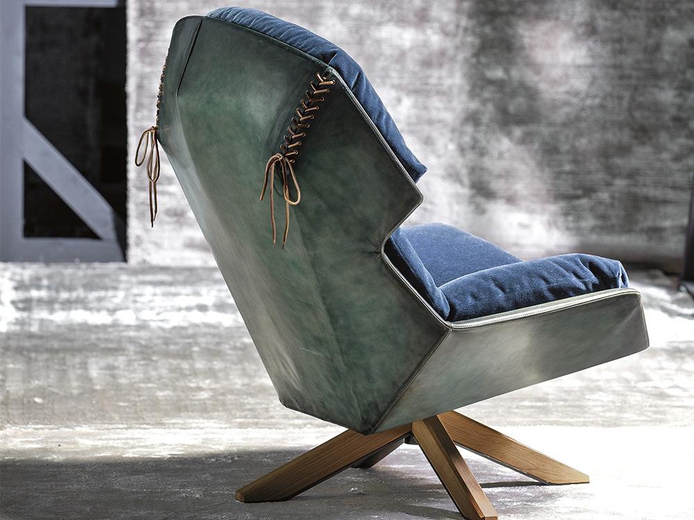 moroso-clarissa-fauteuil-blauw-stof-sfeer-2