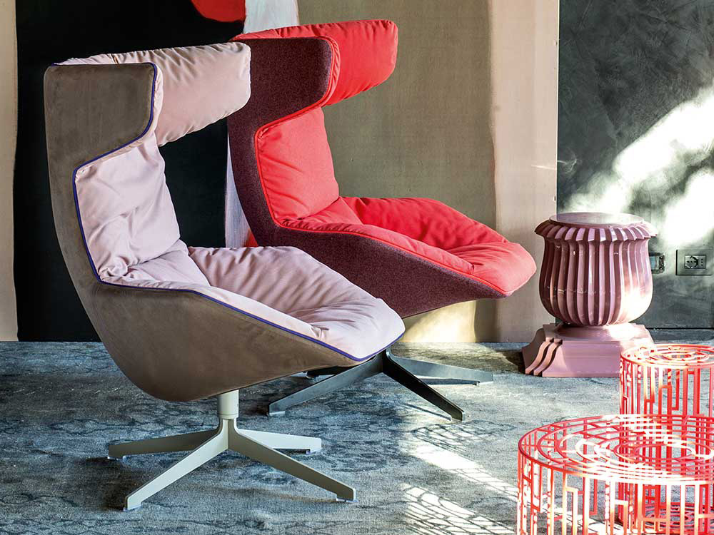 moroso-take-a-line-for-a-walk-fauteuil-roze-stof-rood-stof