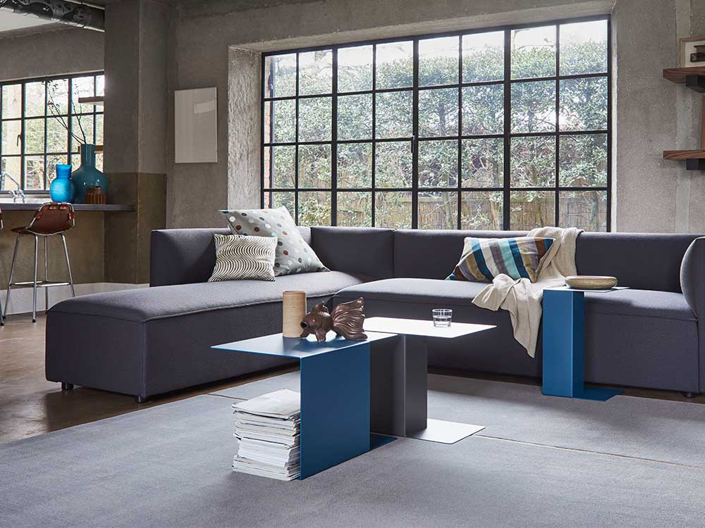 gelderland-ori-bijzettafel-staal-grijs-blauw