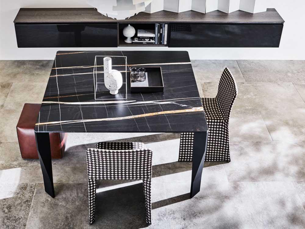 Molteni-Diamond-eettafel-zwart-bruin-marbel-vierkant