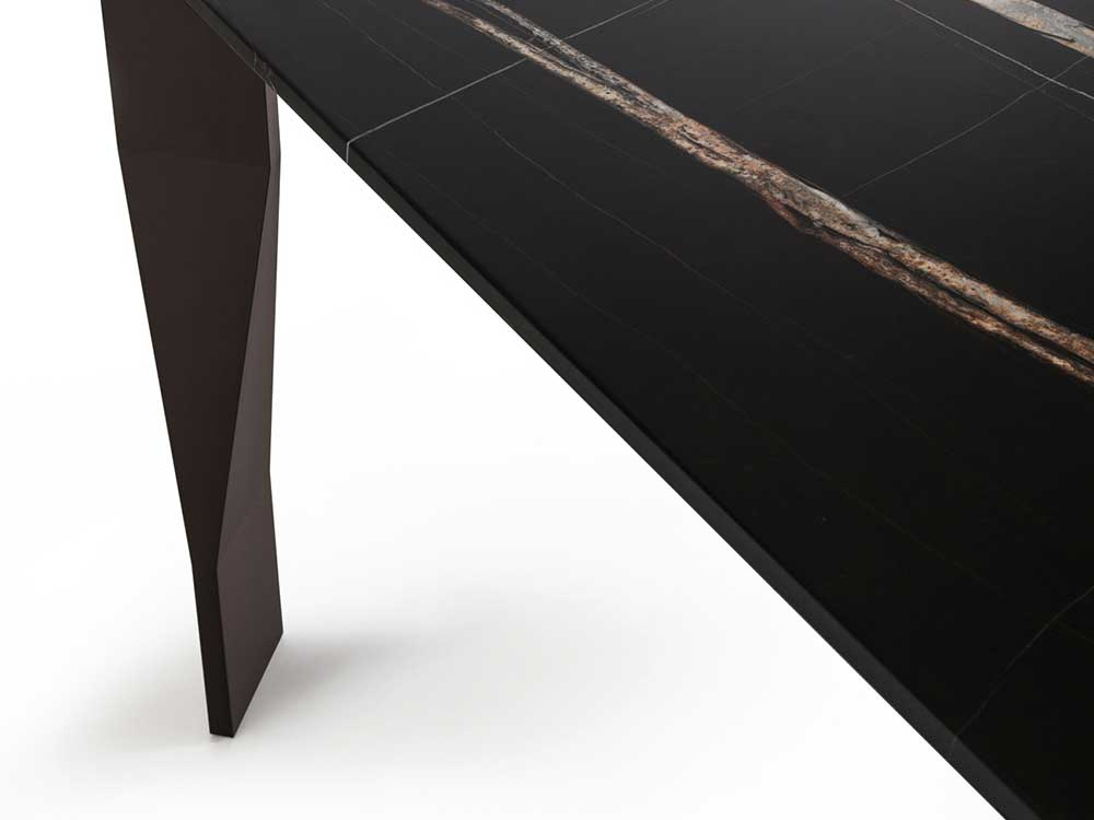 Molteni-Diamond-eettafel-zwart-marbel-detail