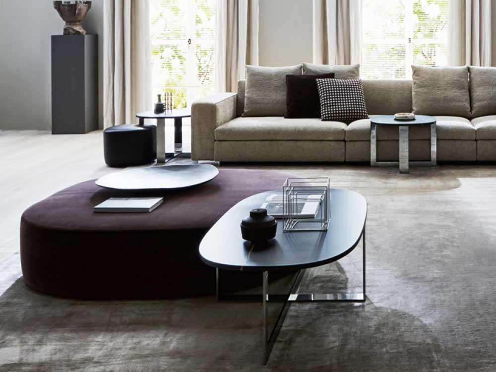 Molteni-Dominonext-salontafel-zwart-marbel-poef-paars