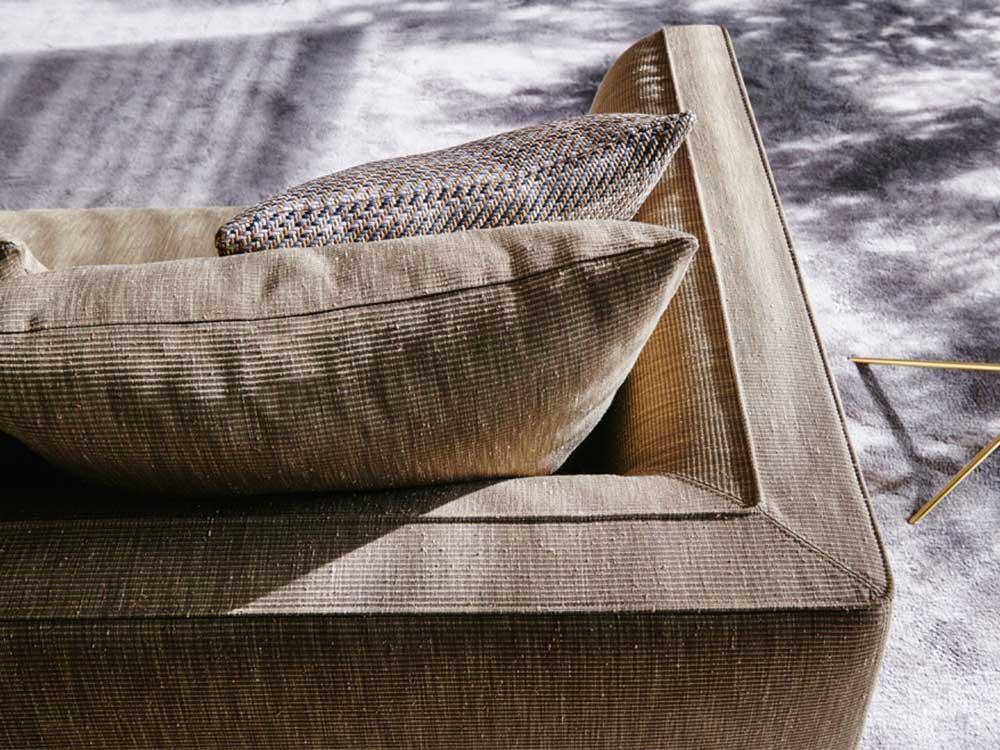 Molteni-bank-lucas-stof-beige-detail-boven
