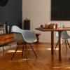 Vitra-DAW-armchair-wit-bruin-stof