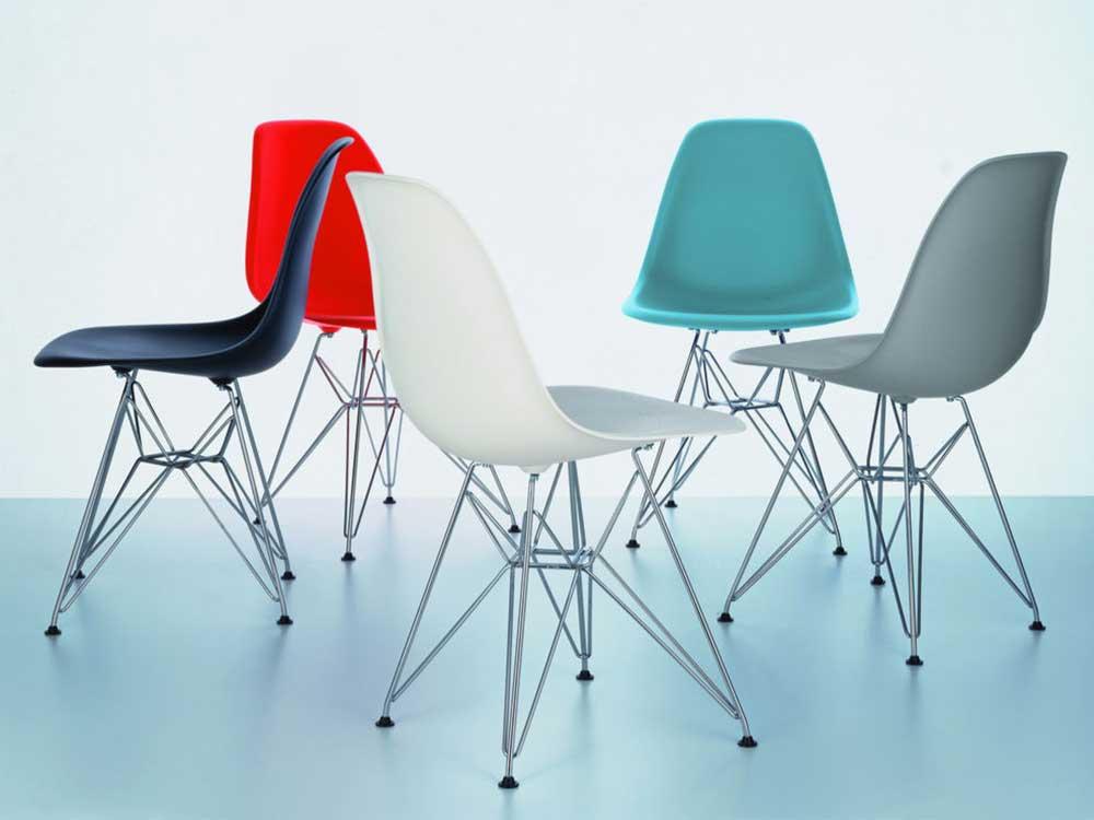 Vitra-Eames-Plastic-Side-Chair-DSR-4