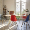 Vitra-Eames-Platisc-Side-Chair-sfeer