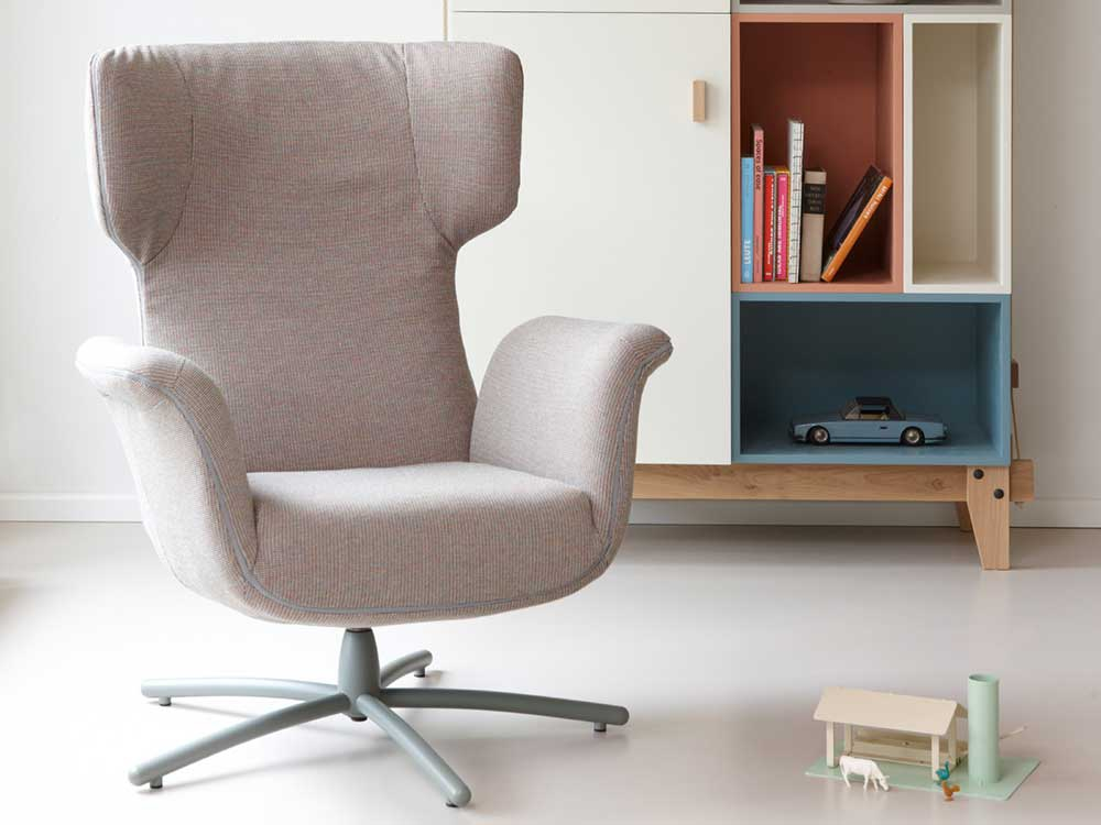 Label-FirstClass-Fauteuil-Stof-naturel
