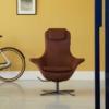 Label-fauteuil-leer-donker-bruin-sfeer