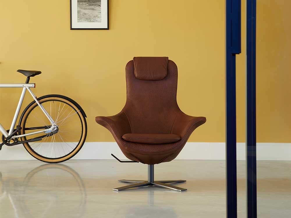 Draaifauteuil Bruin Leer.Label Seat24 Fauteuil Cilo Interieur
