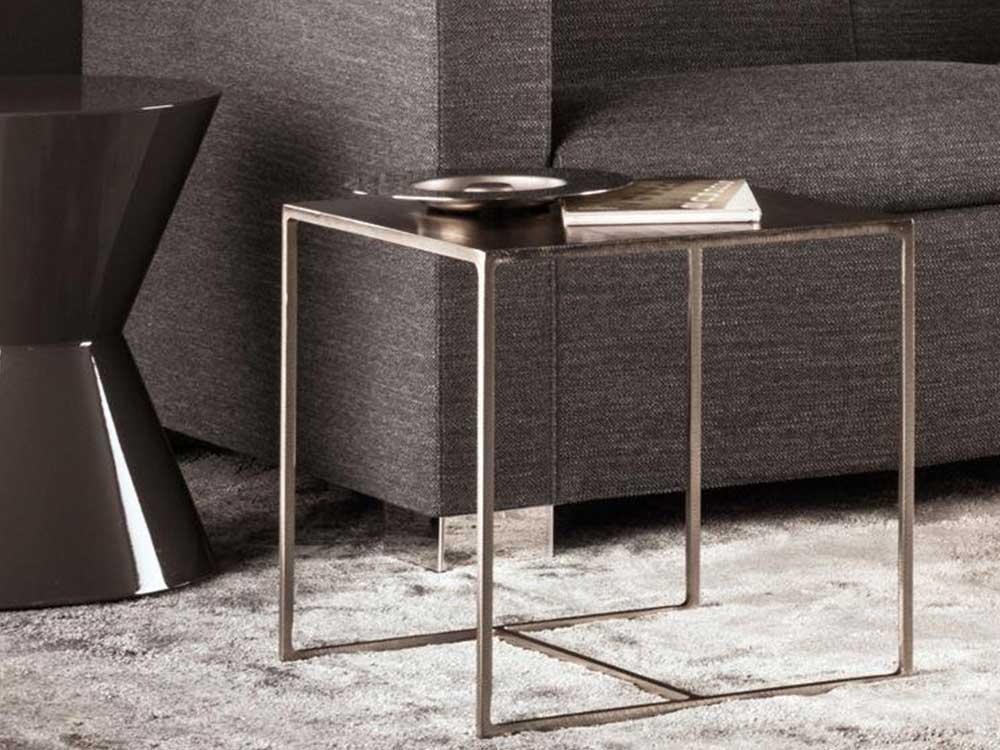 Minotti-Duchamp-bijzettafel-bronze