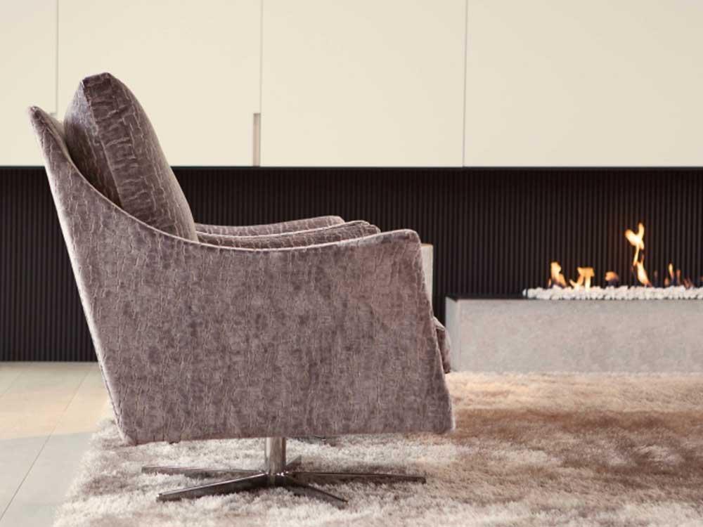 Flexform-Boss-fauteuil-leer-grijs