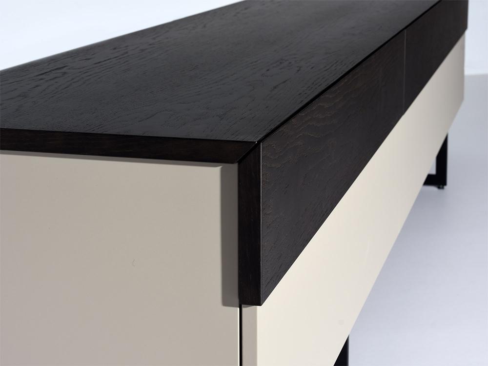 castelijn-tapa-lowboard-grijs-zwart